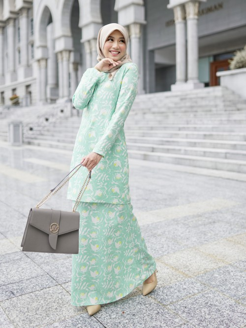 QISTINA KURUNG - MINT GREEN